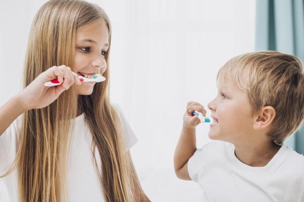 prevenir enfermedades yendo a una clínica dental